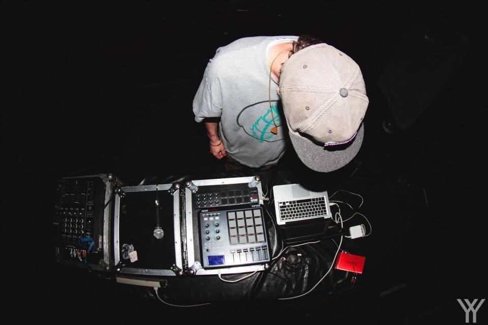 late-night-radio